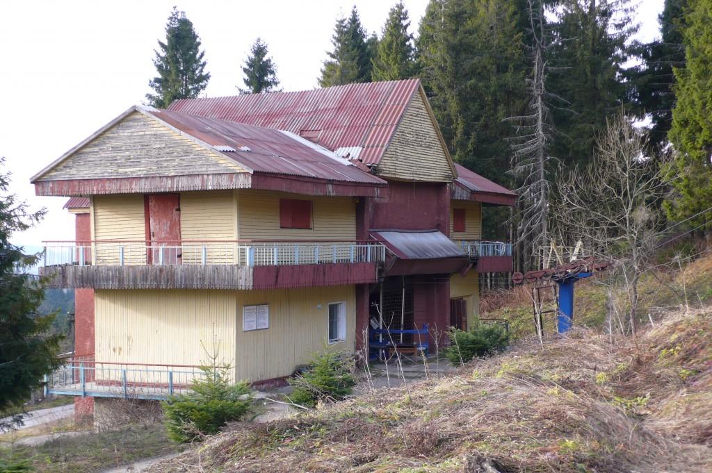 Нижняя станция кресельного подъёмника в Тисовце